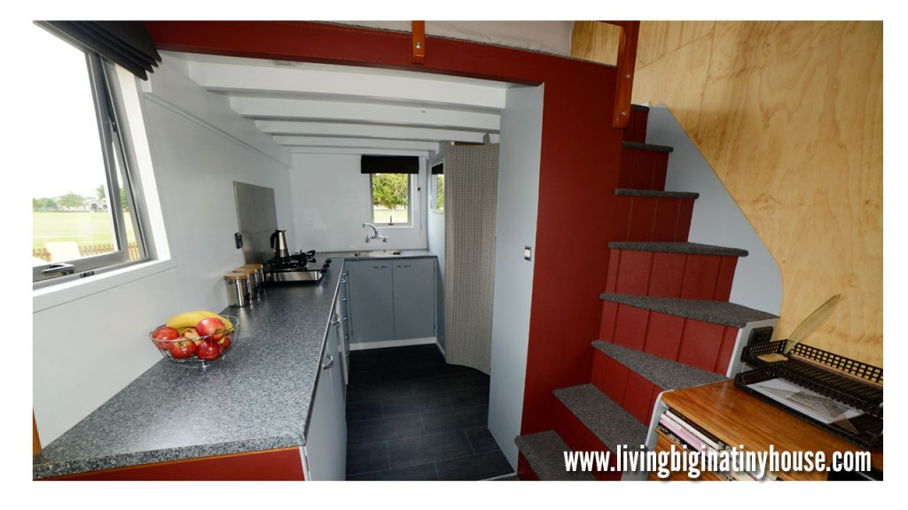 Bretts-Tiny-House-Kitchen-1024x576